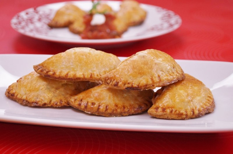 Guava Mac and Cheese Empanadas